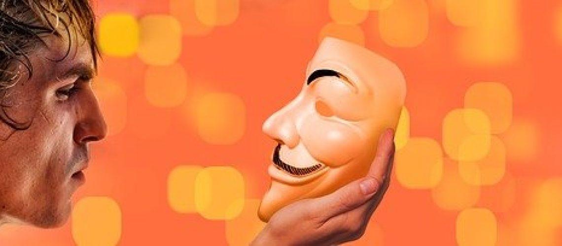 man masque-Gerd Altmann